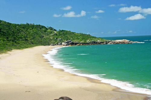 praia-de-taquarinhas-balneario-camboriu-sc-4