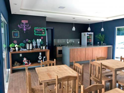 pousada-cafe-da-manha-estaleiro-camboriu-17