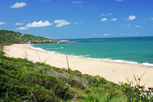 praia-de-taquarinhas-balneario-camboriu-sc-2