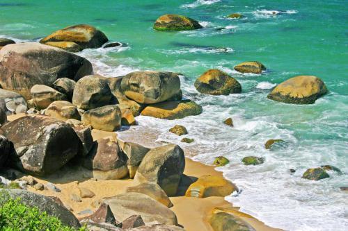 praia-de-taquarinhas-balneario-camboriu-sc-3