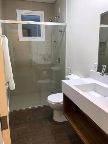 suites-pousada-praia-do-estaleiro-camboriu-10