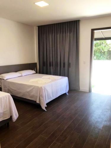 suites-pousada-praia-do-estaleiro-camboriu-30